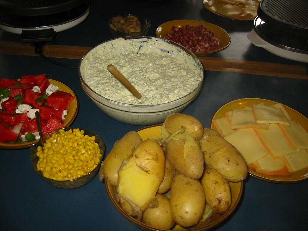 Raclette auf der Hütte